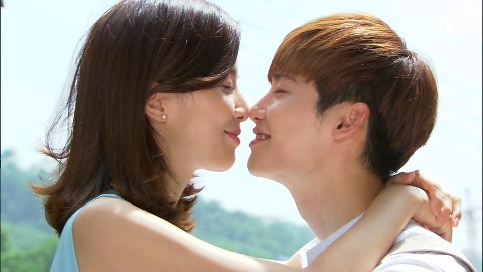 adegan kiss dating agency cyrano deset nejlepších alternativních seznamovacích webů
